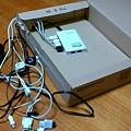 写真: amazon の箱にUSBハブつっこんだだけ、の中身