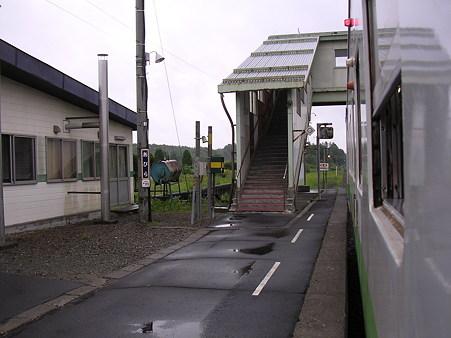 安平駅ホーム2