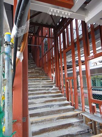 犬山駅工事中の階段