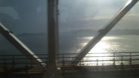 しおかぜ22号の車窓4(瀬戸大橋)