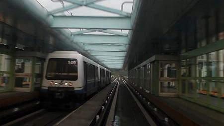 YouTube - 台北捷運(MRT) 棕線 前面展望 後編・文山線 Taipei MRT Wenshan line cab view