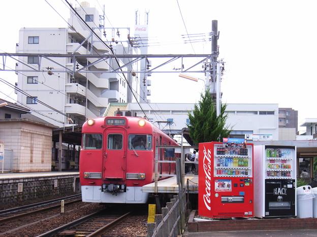 瀬戸電 三郷駅 (1) 2010年 7月 ごろ