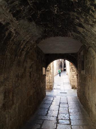 トンネルを抜けたら、そこは