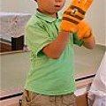 写真: H邸 手袋をお願いします!!お子様も!