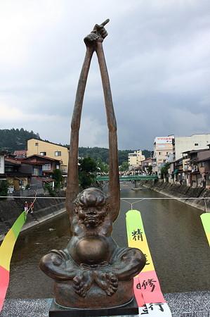 2010.08.19 高山 「鍛冶橋」手長像