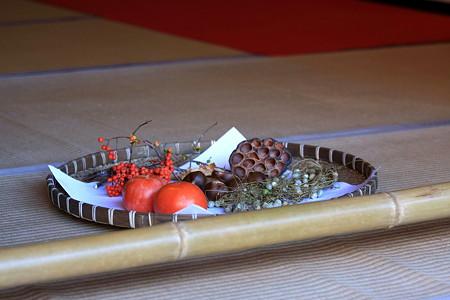2010.11.29 鎌倉 明月院 縁側の笊
