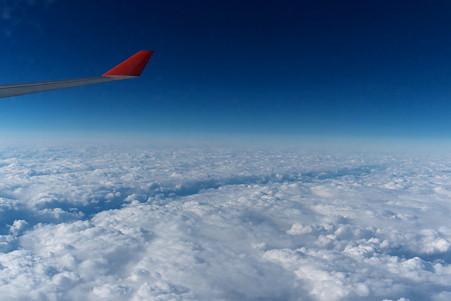 2011.01.30 モスクワ→成田 SU-0575 新潟は雲の下