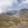 写真: 100512-76阿蘇中岳噴火口5