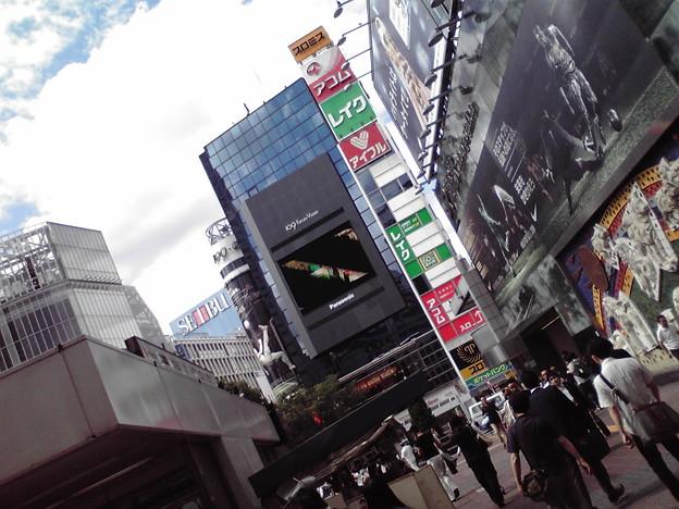 写真: 渋谷なう~ あぢぃTT