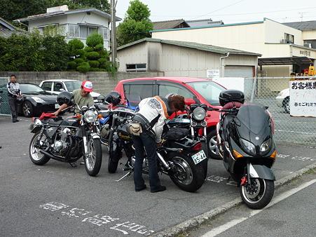 重松飯店の駐車場