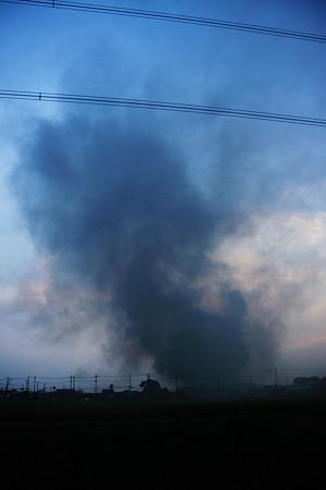 火事でした。実家の数軒となりの工場。爆発火災。