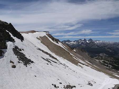 Mammoth Mountain山頂へのゴンドラの中からの眺望